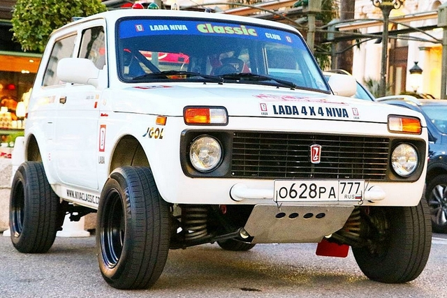 Top Marques 2016 Lada 4x4 - версия Dakar