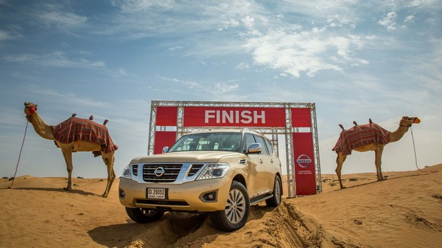 Nissan Camel Power - верблюжья сила